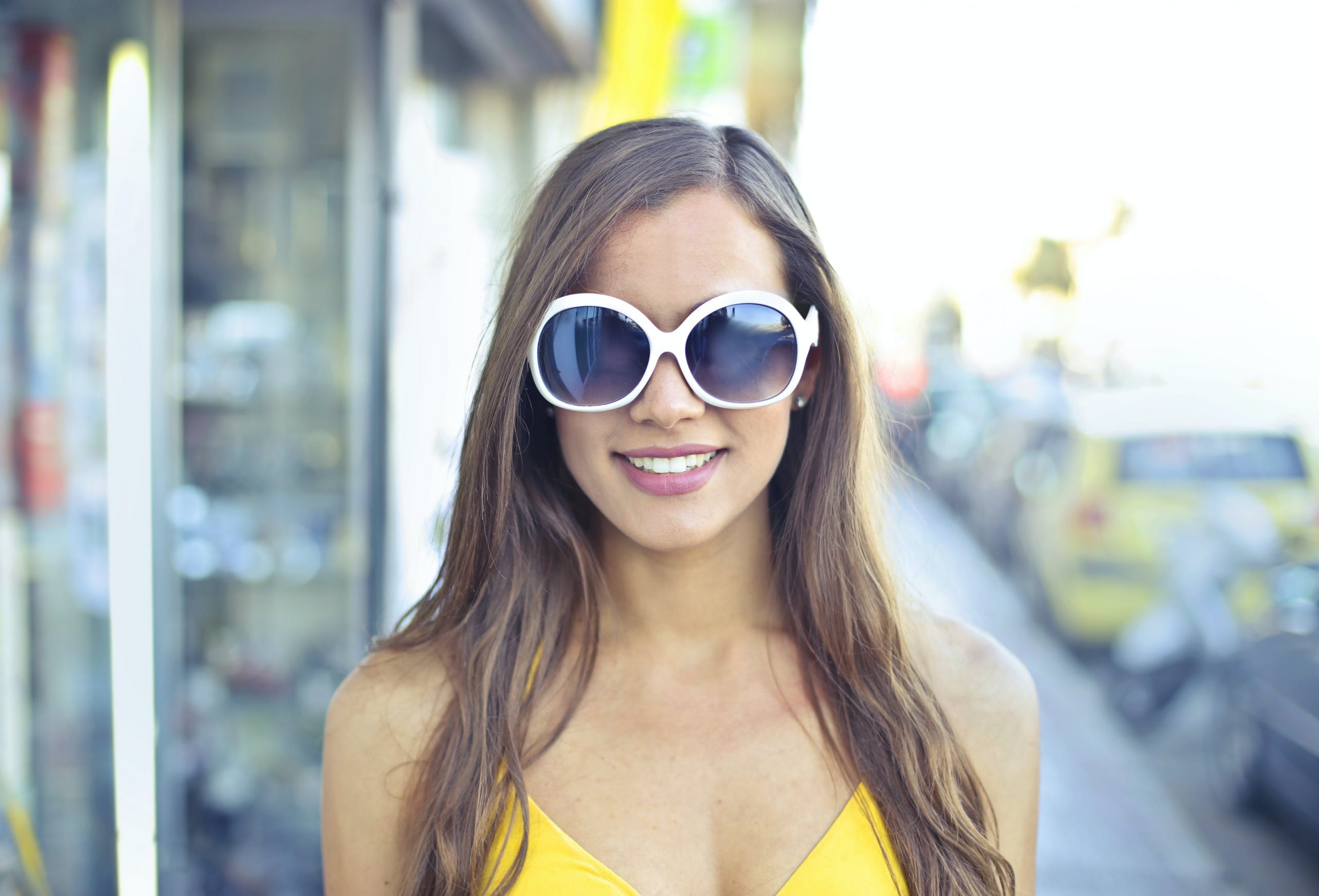 How to Pick the Perfect Sunglasses - Complete Guide